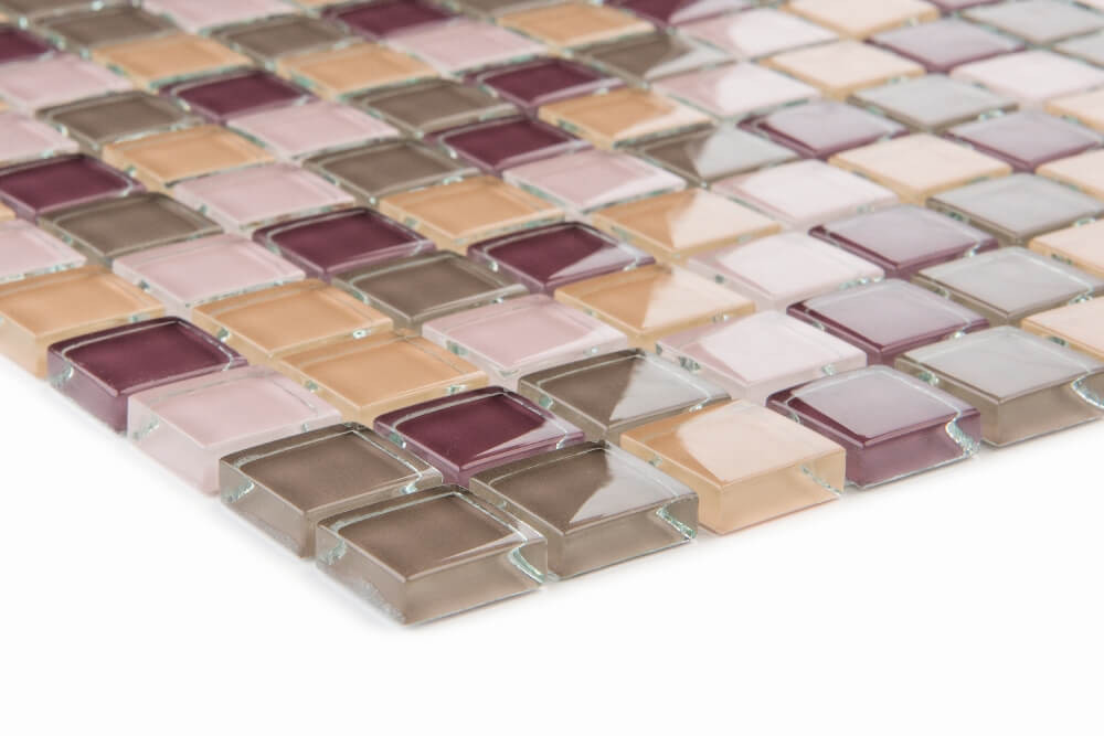 Detailansicht von Glasmosaikfliesen Violett Beige Glänzend für die Wand 30 x 30 cm - Interio