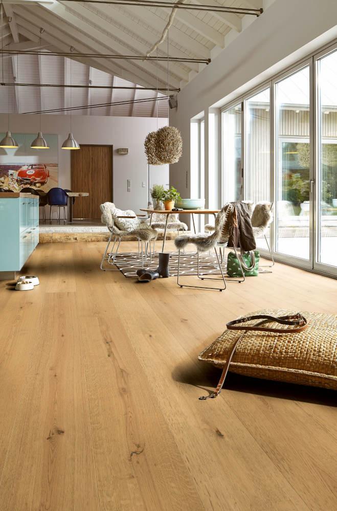 Milieuansicht von Eiche lebhaft (270 mm) 1-Stab Landhausdielen Premium Lindura-Holzboden HD 400-8417 - Meister