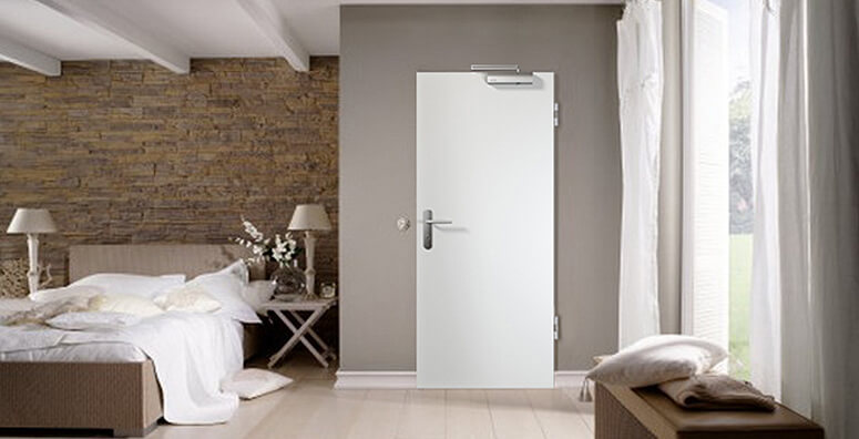 Schlafzimmer mit GetaLit Rauchschutztür Typ 224 von Westag & Getalit